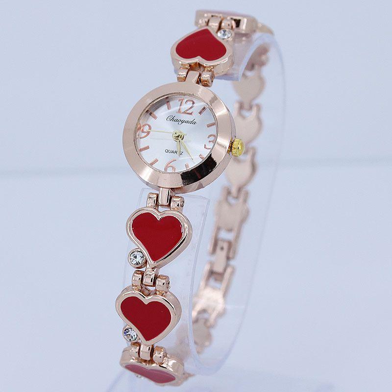Dámské hodinky v dizajnu srdce - červené