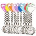 Přívěskové hodinky pro zdravotní sestry dvojSRDCE - bílé