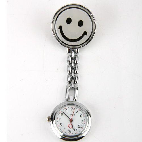Přívěskové hodinky pro zdravotní sestry SMILE