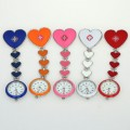 Přívěskové hodinky pro zdravotní sestry SRDCE