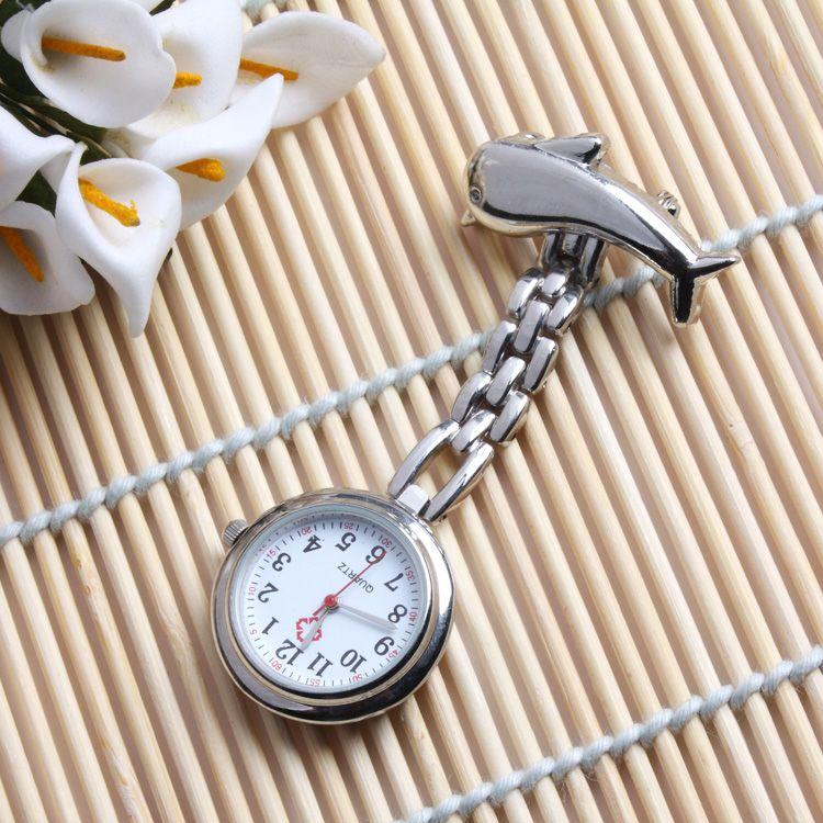 Přivěskové hodinky pro zdravtoní sestry delfín - Přívěskové hodinky pro zdravotní sestry Delfín stříbrné