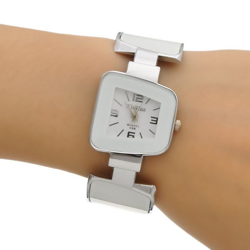 dámské elegantní hodinky trap